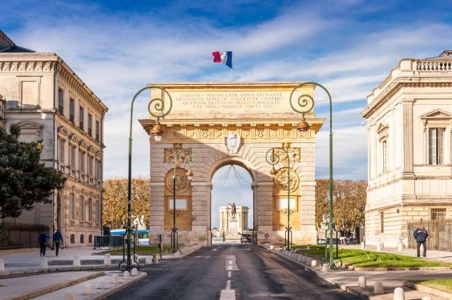 以法国公司名义在中国成立代表处怎么办理使馆公证认证?